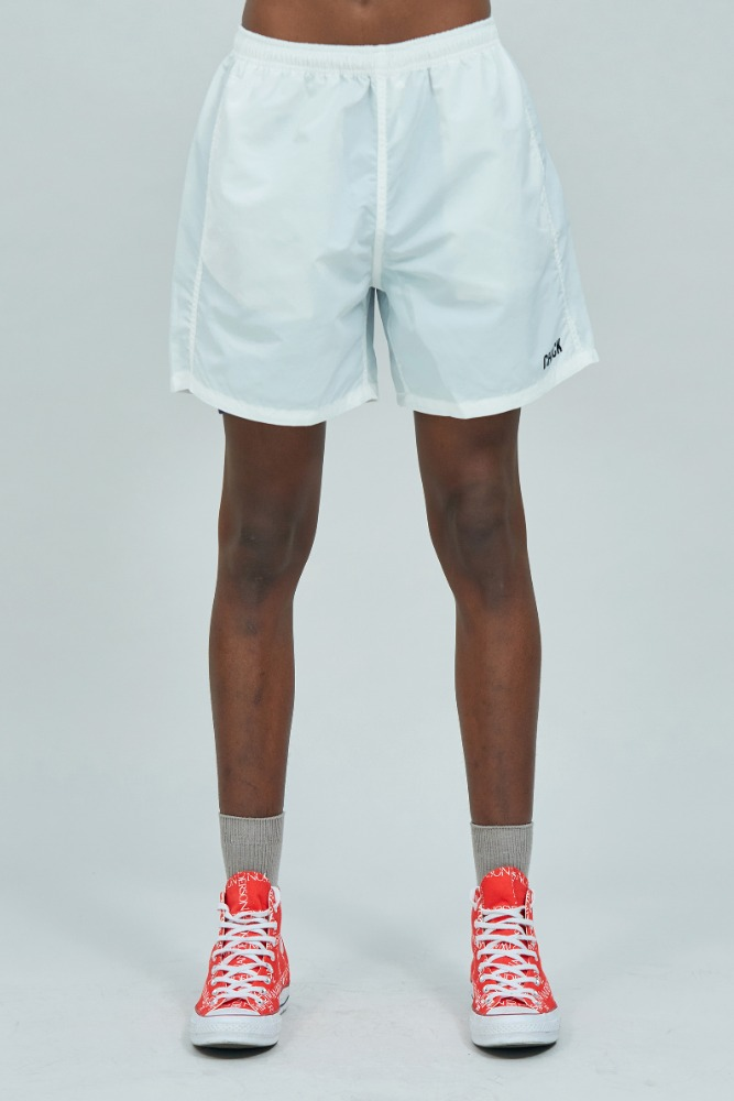 19 SUMMER CHUCK LOGO SHORTS (WHITE)