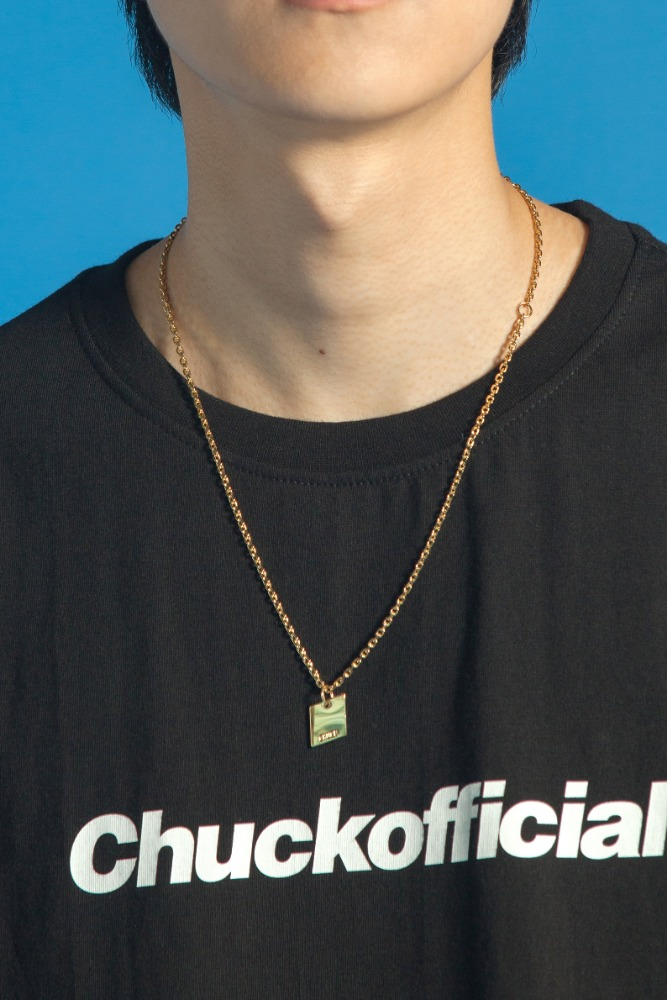 CHUCK SYMBOL NECKLACE (GOLD)